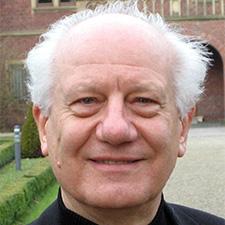 Dr. Bernhard Pesendorfer