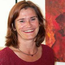 Dr. Ruth Simsa
