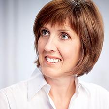 Mag. Angela Platzer-Reichmann