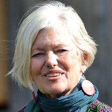 Dr. Helga Weule